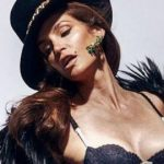 This unretouched pic of Cindy Crawford has made us love her more